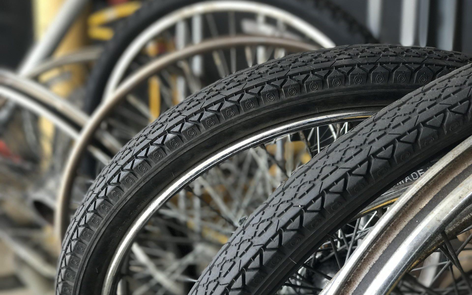 Fahrradreifen Ratgeber - Anleitungen 🚲 Infos 🚲 Vergleich ⚒ FRnet
