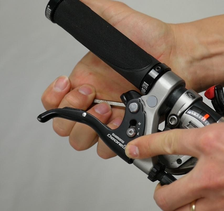 Lenkergriffe montieren Anleitung ? mit Bildern ⚒ FRnet