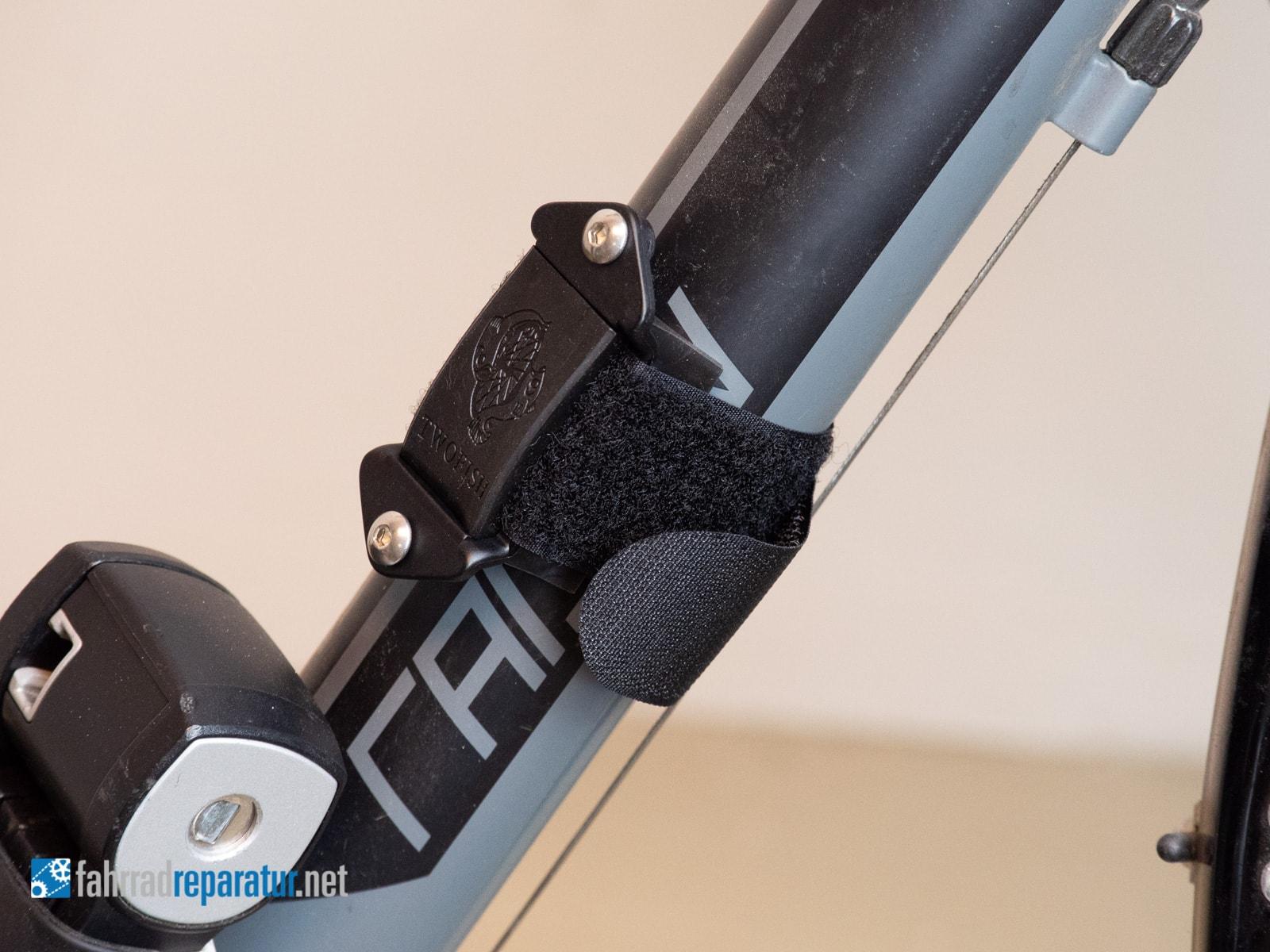 fahrrad flaschenhalter ohne schrauben test anleitung. Black Bedroom Furniture Sets. Home Design Ideas